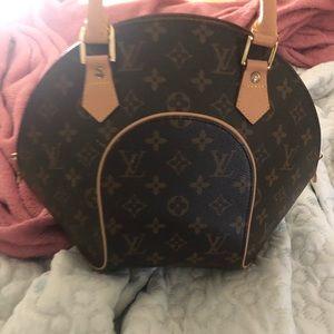 Louis Vuitton ellipse purse